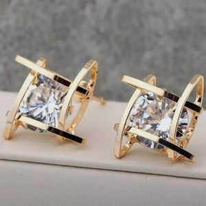 NEW GOLD TONE 3D CAGED DIAMOND STUD EARRINGS